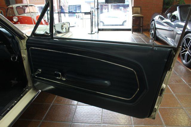 1968 Ford Mustang   GT Clone 302 V8 La Jolla, California 86