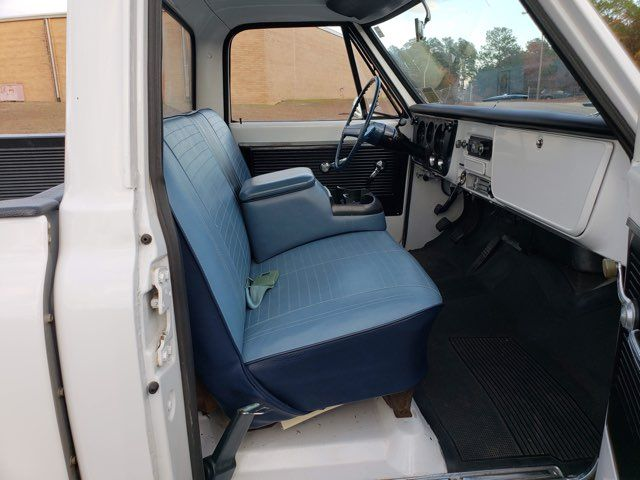 1969 Chevrolet C10 LWB in Hope Mills, NC 28348