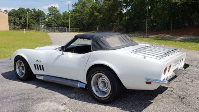 1969 Chevrolet Corvette 427 in Hope Mills, NC 28348
