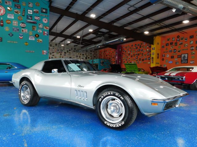 1969 Chevy CORVETTE T TOP