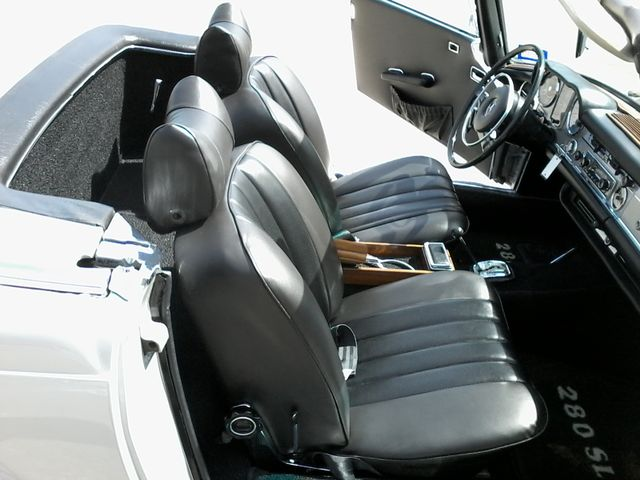 1969 Mercedes-Benz 280SL Roadster Boerne, Texas 25