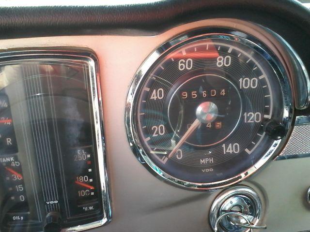 1969 Mercedes-Benz 280SL Roadster Boerne, Texas 33