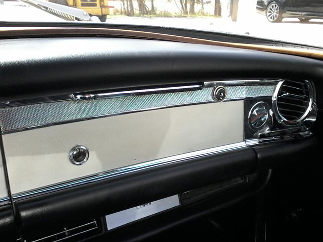 1969 Mercedes-Benz 280SL Roadster Boerne, Texas 35