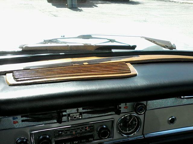 1969 Mercedes-Benz 280SL Roadster Boerne, Texas 37