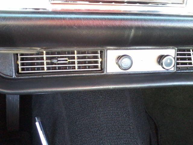 1969 Mercedes-Benz 280SL Roadster Boerne, Texas 40