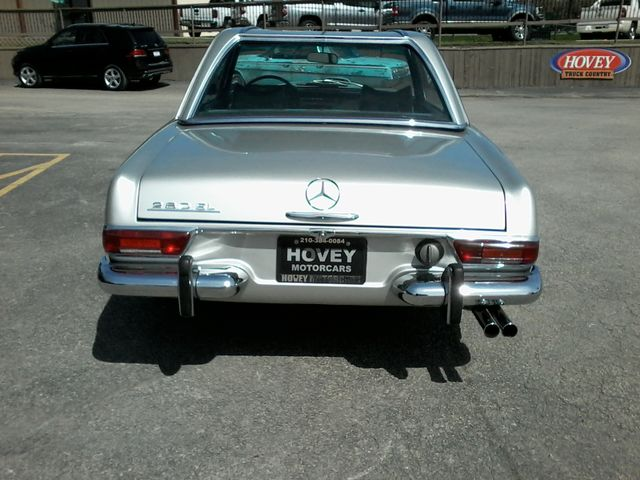 1969 Mercedes-Benz 280SL Roadster in Boerne, Texas 78006