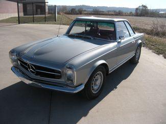 1969 Mercedes Benz 280SL PAGODA CONVERTIBLE Chesterfield, Missouri 9