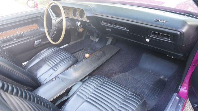 1970 Dodge CHALLENGER R/T 440+6 in Valley Park, Missouri 63088