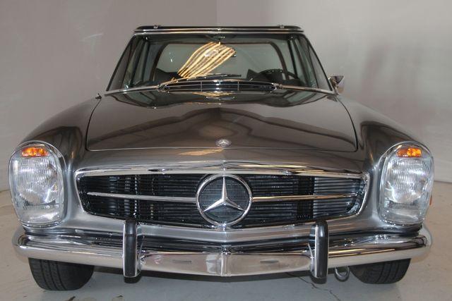 1970 Mercedes-Benz SL280 PAGODA Custom Restoration in Houston, Texas 77057