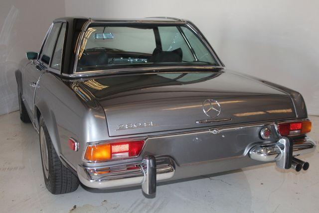 1970 Mercedes-Benz SL280 PAGODA Custom Restoration Houston, Texas 18