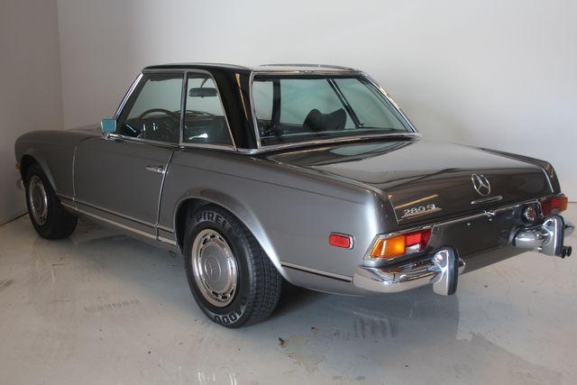 1970 Mercedes-Benz SL280 PAGODA Custom Restoration Houston, Texas 19