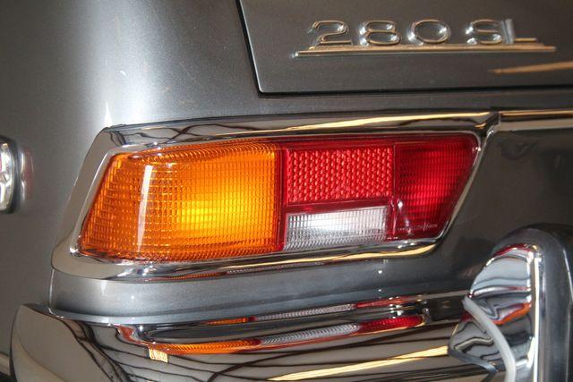 1970 Mercedes-Benz SL280 PAGODA Custom Restoration Houston, Texas 23