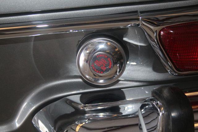 1970 Mercedes-Benz SL280 PAGODA Custom Restoration Houston, Texas 25