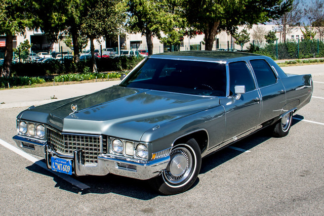 1971 Cadillac Fleetwood AC - DVD - PWR STS - REAR VIEW CAMERA