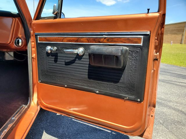 1971 Chevrolet C10 LWB in Hope Mills, NC 28348