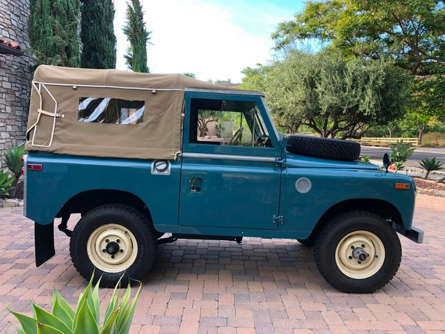 1971 Land Rover Series IIA 88 Series IIA 88 La Jolla, Califorina  21