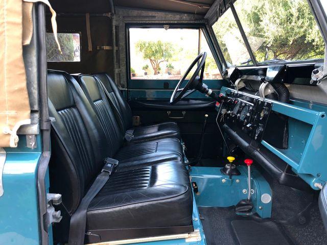 1971 Land Rover Series IIA 88 Series IIA 88 La Jolla, Califorina  34
