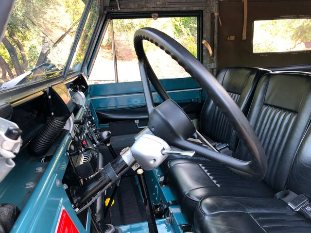 1971 Land Rover Series IIA 88 Series IIA 88 La Jolla, Califorina  36