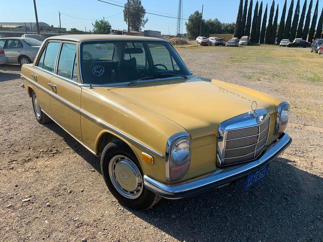 1971 Mercedes 200 Diesel