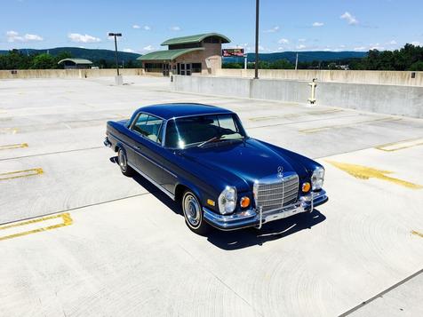 1971 Mercedes-Benz 280SE 3.5 in Bethel, Pennsylvania