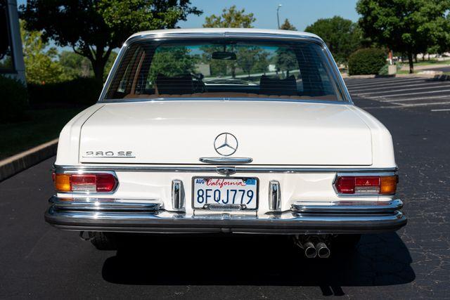 1971 Mercedes Benz 280SE sedan Chesterfield, Missouri 14