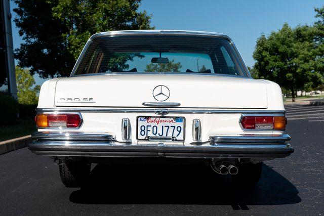 1971 Mercedes Benz 280SE sedan Chesterfield, Missouri 15