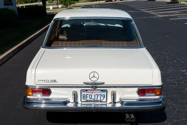 1971 Mercedes Benz 280SE sedan Chesterfield, Missouri 16