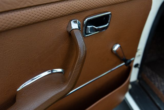1971 Mercedes Benz 280SE sedan Chesterfield, Missouri 41