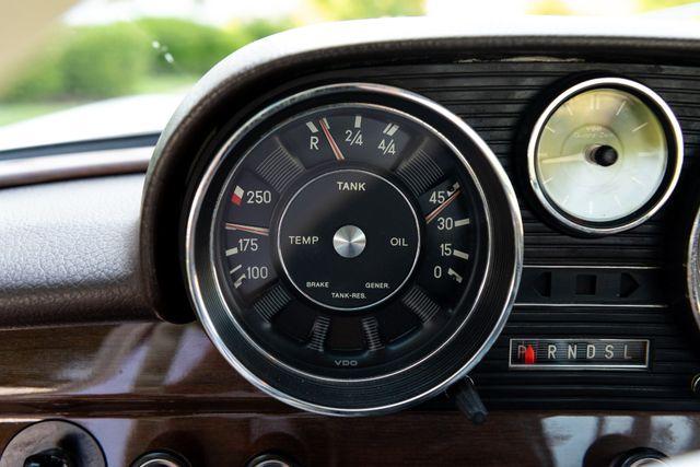 1971 Mercedes Benz 280SE sedan Chesterfield, Missouri 52