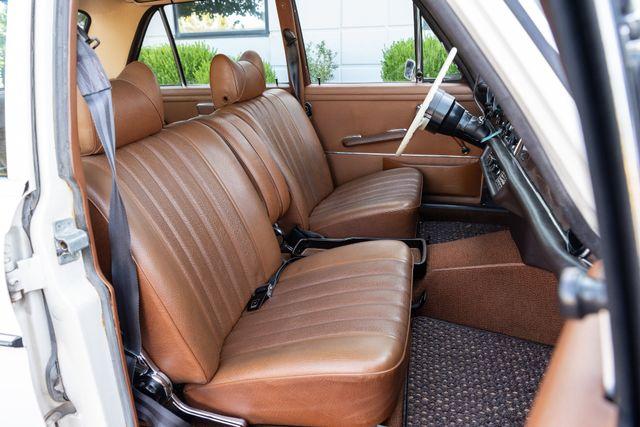 1971 Mercedes Benz 280SE sedan Chesterfield, Missouri 70