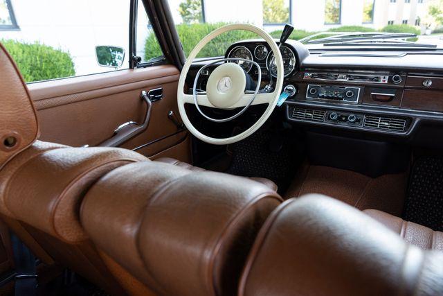 1971 Mercedes Benz 280SE sedan Chesterfield, Missouri 81