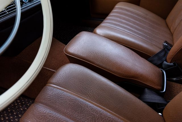 1971 Mercedes Benz 280SE sedan Chesterfield, Missouri 86