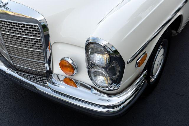 1971 Mercedes Benz 280SE sedan Chesterfield, Missouri 90