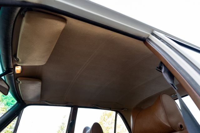 1971 Mercedes Benz 280SE sedan Chesterfield, Missouri 95