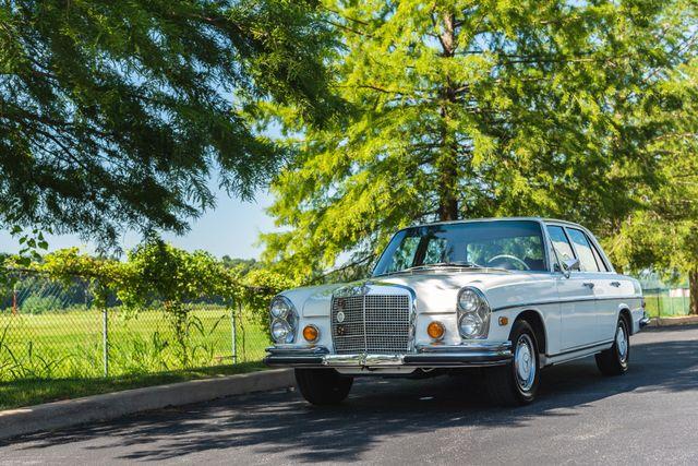 1971 Mercedes Benz 280SE sedan Chesterfield, Missouri 24