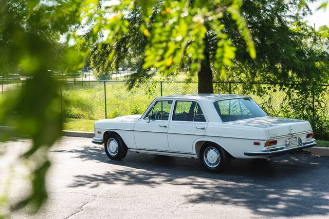 1971 Mercedes Benz 280SE sedan Chesterfield, Missouri 101