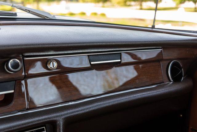 1971 Mercedes Benz 280SE sedan Chesterfield, Missouri 60