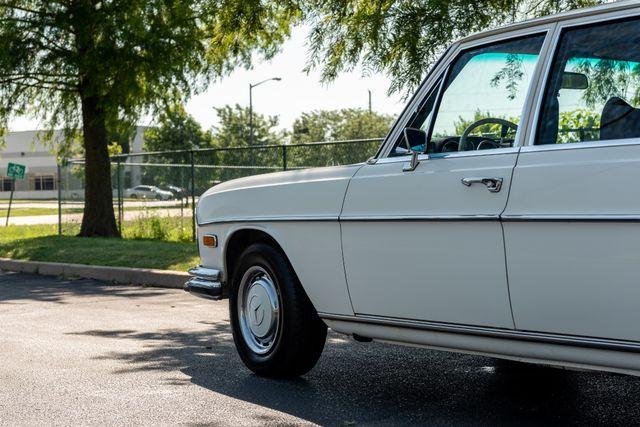 1971 Mercedes Benz 280SE sedan Chesterfield, Missouri 103
