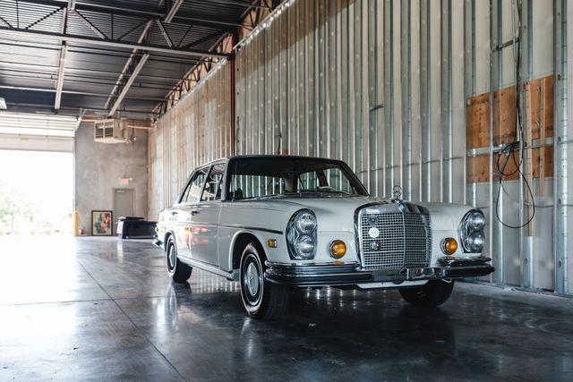 1971 Mercedes Benz 280SE sedan Chesterfield, Missouri 105