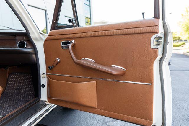 1971 Mercedes Benz 280SE sedan Chesterfield, Missouri 61
