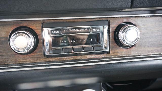 1971 Oldsmobile 442 W-30 CUTLASS Valley Park, Missouri 36