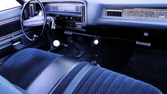 1972 Chevrolet CAPRICE 4 SPEED SPORT COUPE Phoenix, Arizona 13