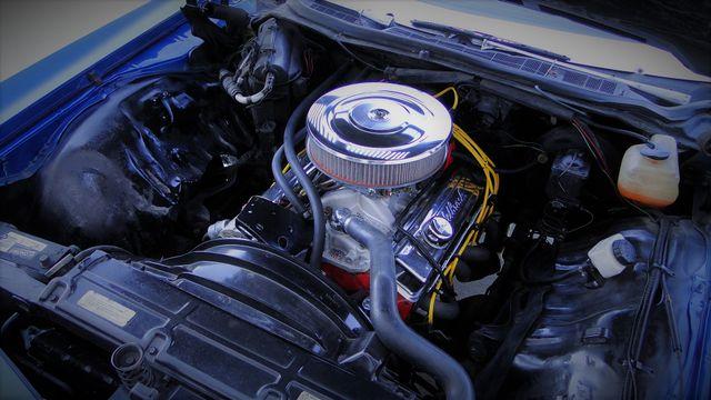 1972 Chevrolet CAPRICE 4 SPEED SPORT COUPE Phoenix, Arizona 3
