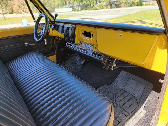 1972 Chevrolet Suburban 3 Door in Hope Mills, NC 28348