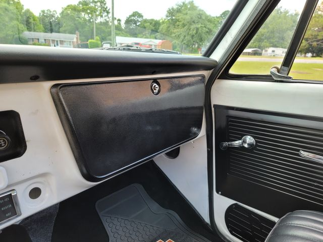 1972 GMC C10 Short Bed in Hope Mills, NC 28348