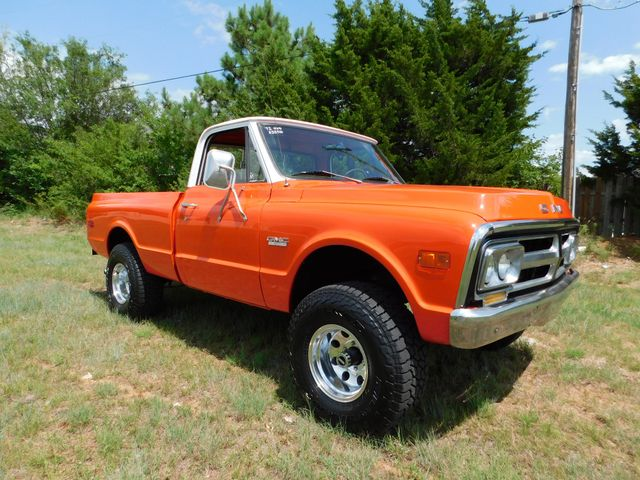1972 GMC SHORT WHEEL BASE 4X4 1/2 TON