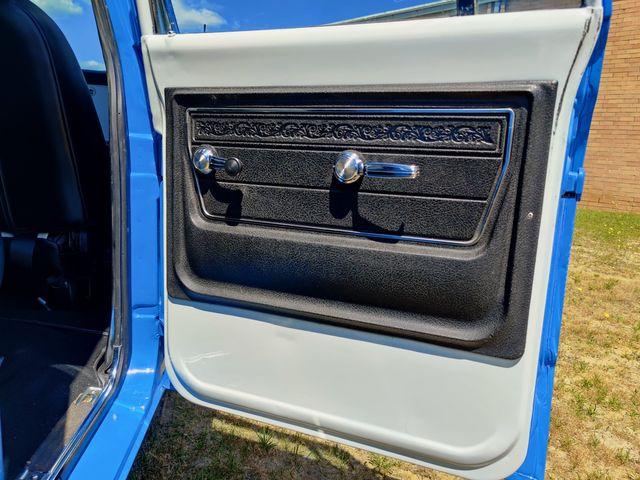 1972 GMC Suburban 1500 Super Custom in Hope Mills, NC 28348