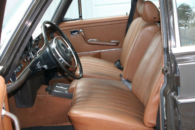 1972 Mercedes-Benz 280 SE Houston, Texas 14