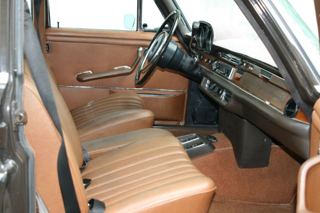 1972 Mercedes-Benz 280 SE Houston, Texas 16
