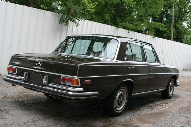 1972 Mercedes-Benz 280 SE Houston, Texas 5